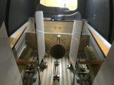 Außenflügelhalter links erhöht, Trennwand testweise eingebaut.