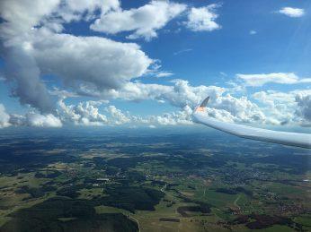 Wolkenstraßen vom Feinsten.