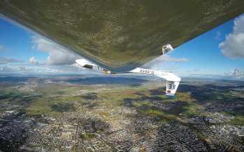Upside Down mit Kirchheim im Rücken - epischer Flug!